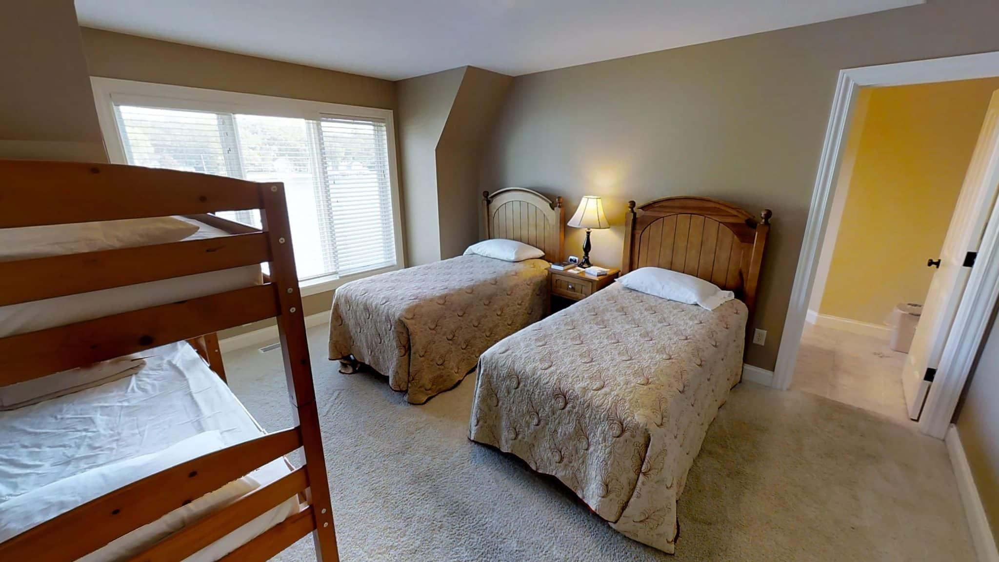 Matthew-Lodge-Room 4