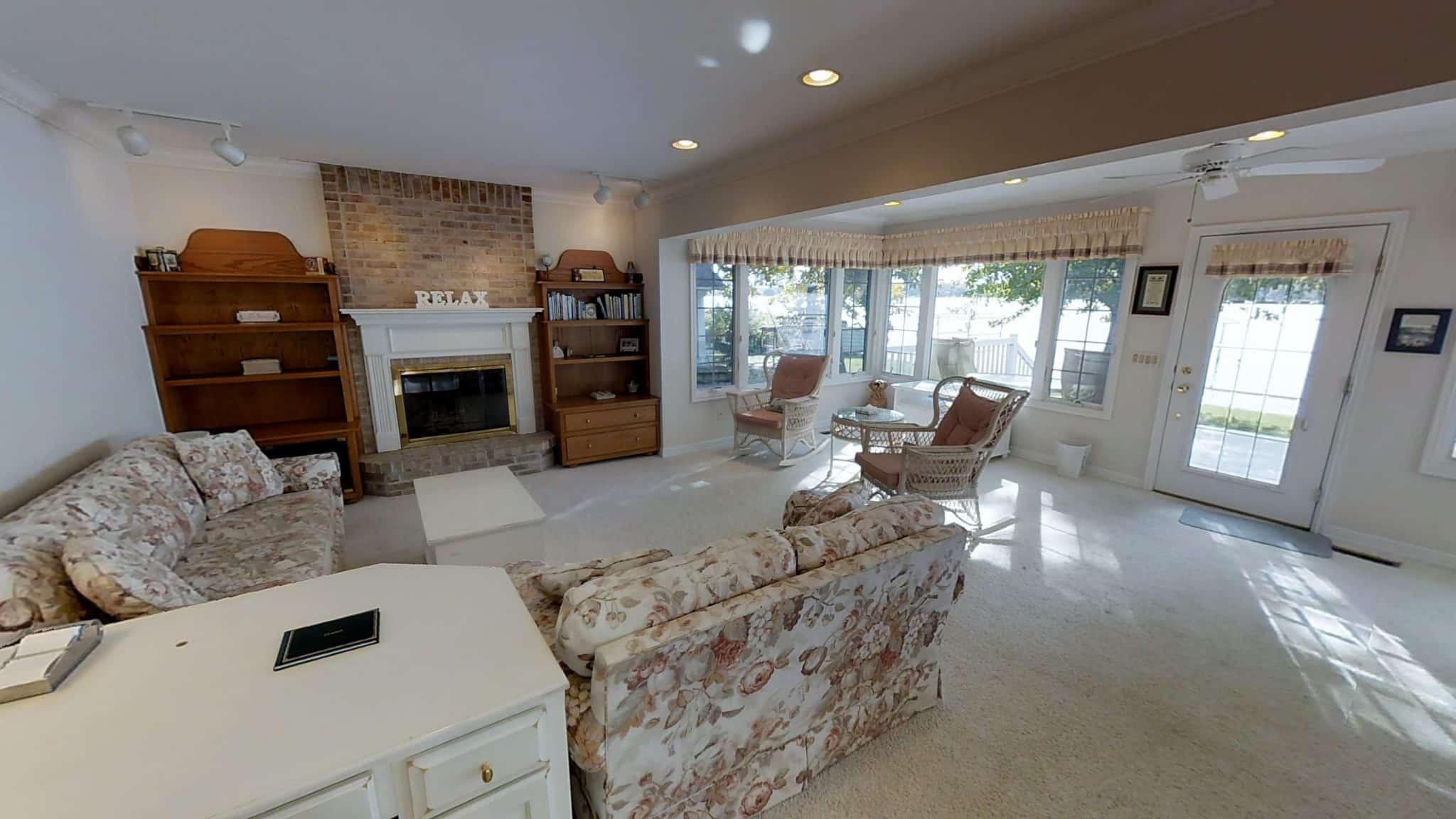 Peter Living Room